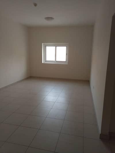شقة 1 غرفة نوم للايجار في الورسان، دبي - شقة في ورسان 4 الورسان 1 غرف 31000 درهم - 4335416