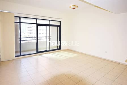 3 Bedroom Flat for Rent in The Greens, Dubai - 3 bed | Vaccant | Available now |