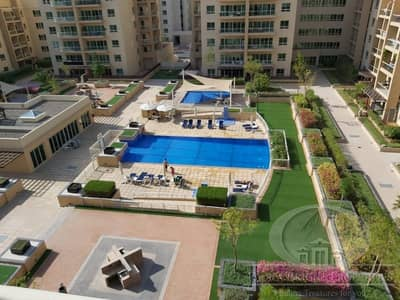 2B/R+ Study | Pool view | Ready to move in