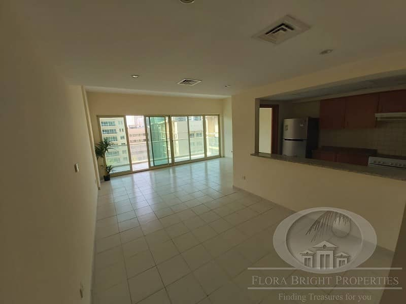 2 2B/R+ Study | Pool view | Ready to move in