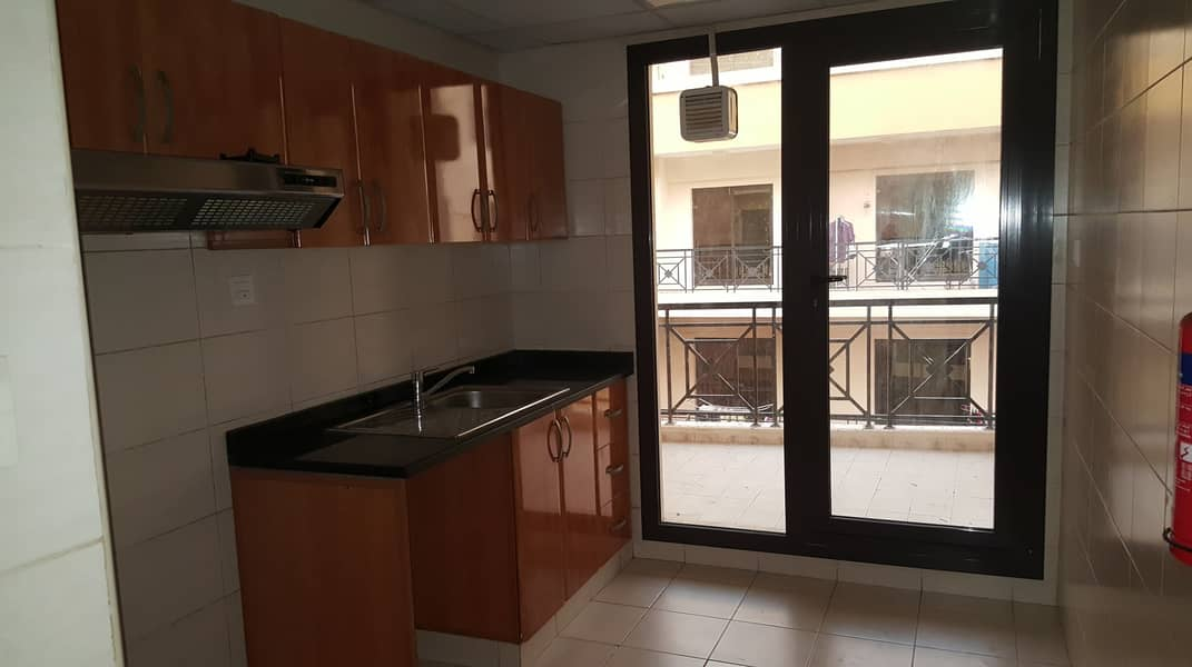 14 2BR with Balcony 1 month free 24 hours free maintenance
