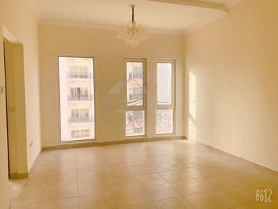 استوديو  للبيع في مدينة دبي الرياضية، دبي - Amazing Deal Vacant Studio In Canal residences For  Sale