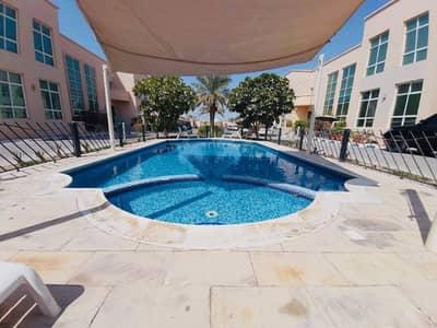 فیلا 5 غرفة نوم للايجار في مدينة خليفة أ، أبوظبي - فیلا في مدينة خليفة أ 5 غرف 130000 درهم - 4337391