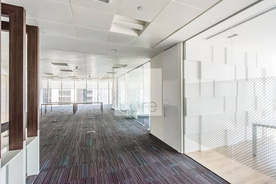 2 High quality fitted office good location