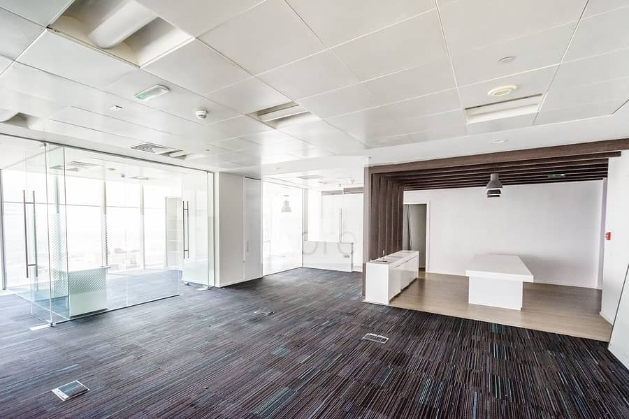10 High quality fitted office good location
