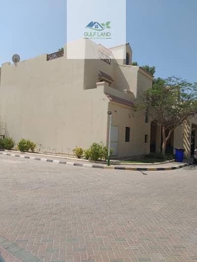 فیلا 5 غرفة نوم للايجار في القرم، أبوظبي - 5 master bedrooms villa for rent located in al Qurm area