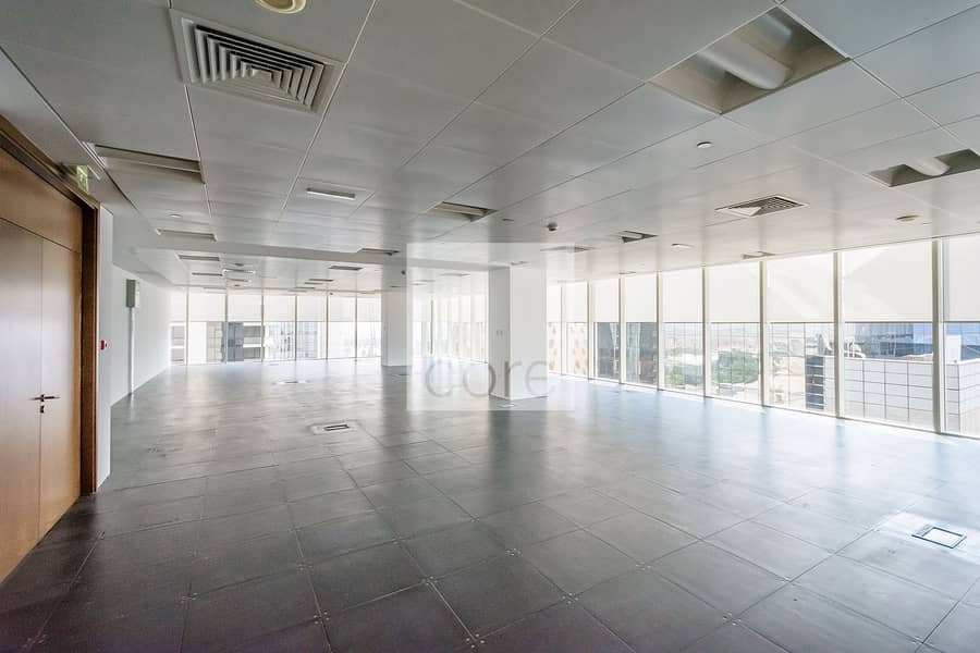 2 Ideally located spacious office high floor