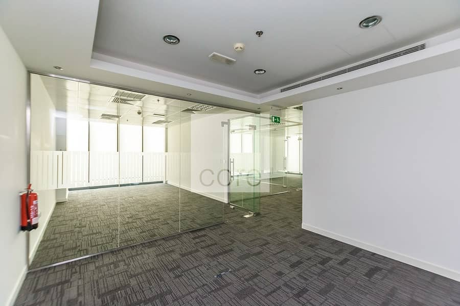 Fully fitted office available sea view