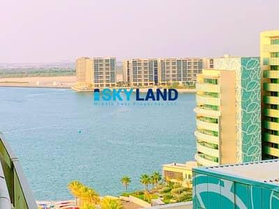 4 Bedroom Flat for Rent in Al Raha Beach, Abu Dhabi - Sea View ! Luxurious 4Br w/ Direct Beach Access