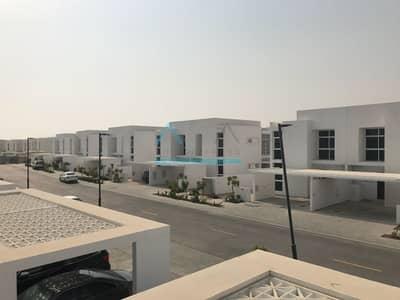 3 Bedroom Townhouse for Rent in Mudon, Dubai - 3BR  Villa_Single Row_Near Facilities