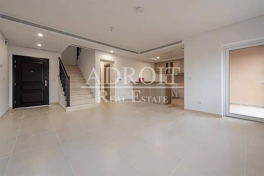Brand New | End Unit | Maids Room | Huge 3BR Townhouse in Serena