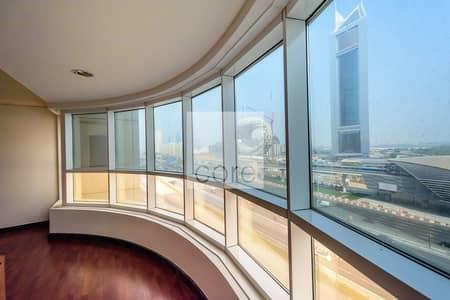 مکتب  للايجار في شارع الشيخ زايد، دبي - Fitted Partitioned Office | Wood Parquet