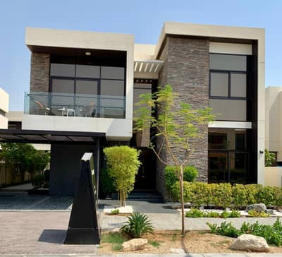 4 Bedroom Villa for Sale in Umm Suqeim, Dubai - 10% down payment contract and now move to luxury villa ready