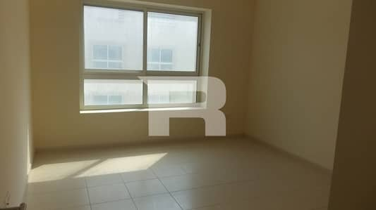1 Bedroom Flat for Rent in Dubai Residence Complex, Dubai - Elegant  1br with  aminites n Dubai Land