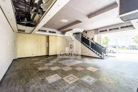محل تجاري  للايجار في شارع الشيخ زايد، دبي - Fitted Retail Space | Prime Location