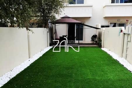 2 Bedroom Villa for Sale in Al Reef, Abu Dhabi - Amazing 2 BR Villa Single Row with Huge Garden