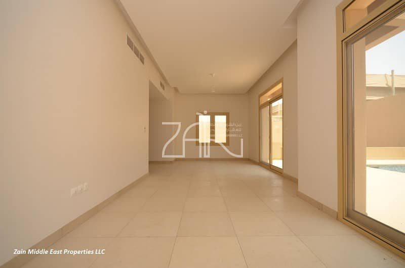 2 Single Row! Street View 4 BR Villa with Pool