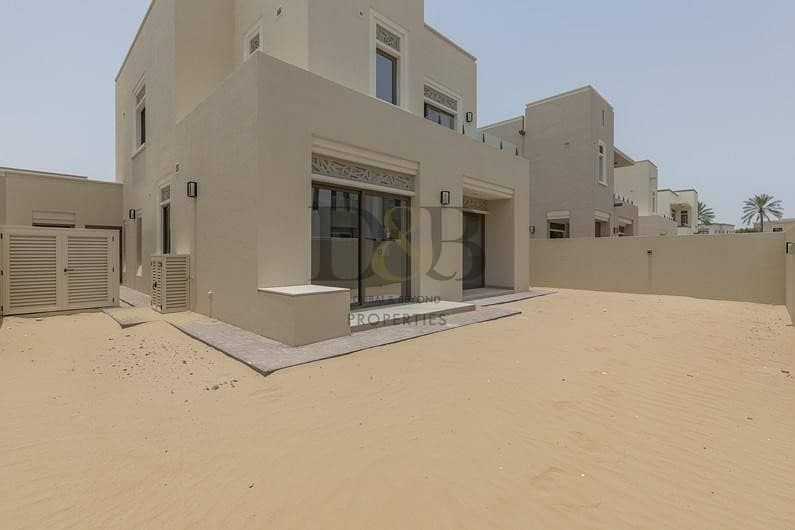 19 PAY 10% AND MOVE IN | HUGE PLOT | IDEAL LOCATION