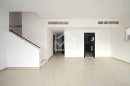 5 Bedroom Villa for Sale in Al Reef, Abu Dhabi -  Vacant 5BR Single Row w/ Pool + Balcony