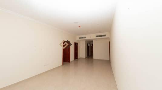 2 Bedroom Flat for Rent in Al Rumaila, Ajman - 2 Bedroom Apartment in Rumaila Building