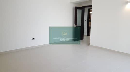 فلیٹ 2 غرفة نوم للايجار في منطقة النادي السياحي، أبوظبي - Brand New 2 bed+maidsroom apartment with parking