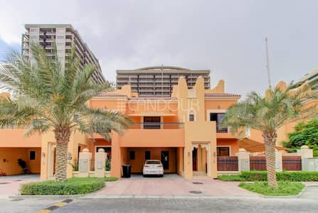 4 Bedroom Townhouse for Rent in Dubai Sports City, Dubai - Quiet Environment | Lovely Finishing | Vacant