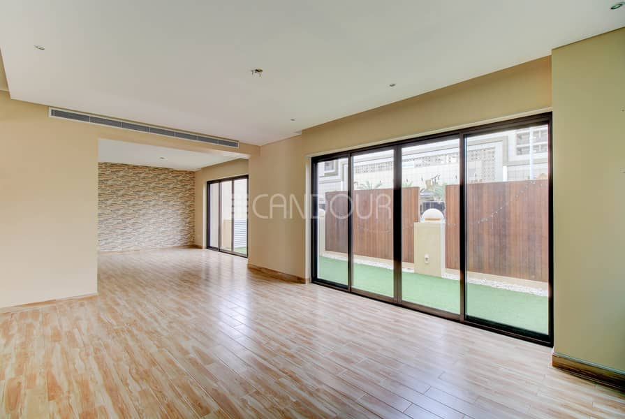 2 Quiet Environment   Lovely Finishing   Vacant