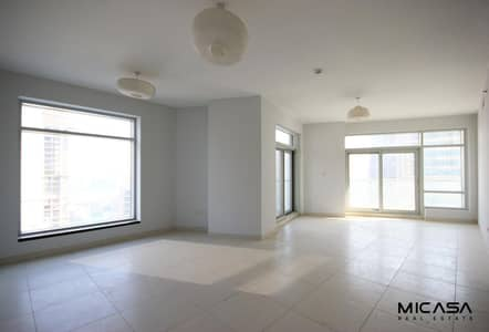 2 Bedroom Flat for Rent in Downtown Dubai, Dubai - Luxury 2 Bedroom Apartment in Lofts East DownTown.