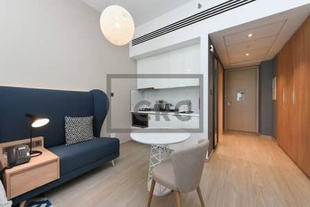 شقة 2 غرفة نوم للايجار في الصفوح، دبي - Close to SZR  Brand New  Fully Furnished 2BR