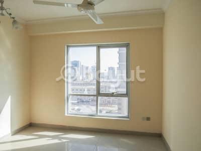 3 Bedroom Flat for Sale in Al Khan, Sharjah - Spacious 3BR Flat for Sale in Al Khan Sharjah