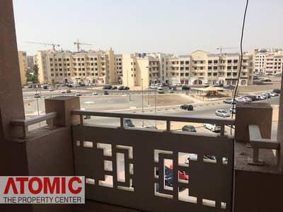 استوديو  للايجار في المدينة العالمية، دبي - well maintained studio apartment with balcony