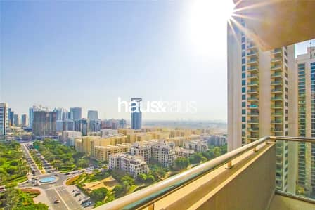 1 Bedroom Apartment for Sale in The Views, Dubai - Top Lake View | Large Size | Rented