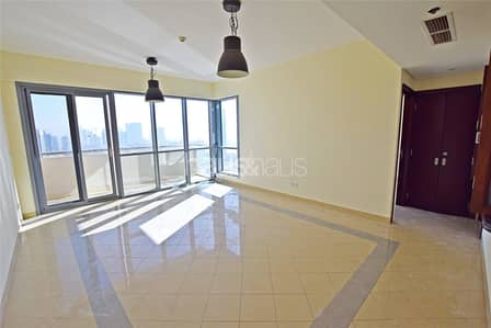 1 Bedroom Apartment for Sale in The Views, Dubai - Top Lake View   Large Size   Rented