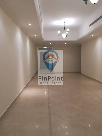 3 Bedroom Flat for Rent in Bur Dubai, Dubai - gorgeous 3 bhk /huge balcony/ with master bed room