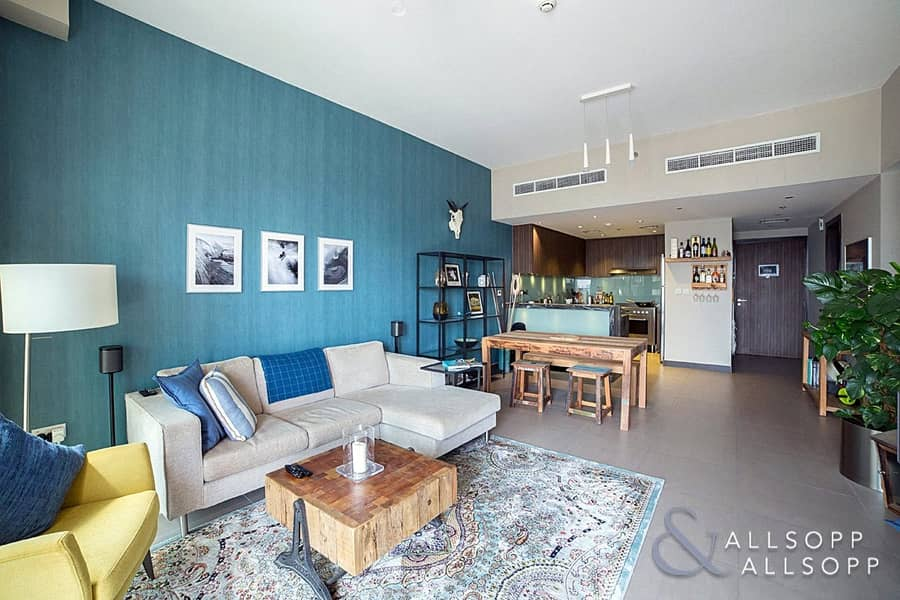 2 2 Bedroom| Large Balcony | Part furnished