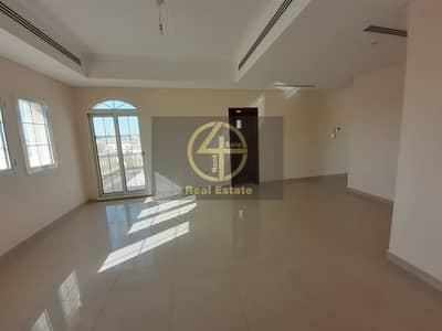 Luxury & Modern 4BR  villa In Bawabt Al Sharq