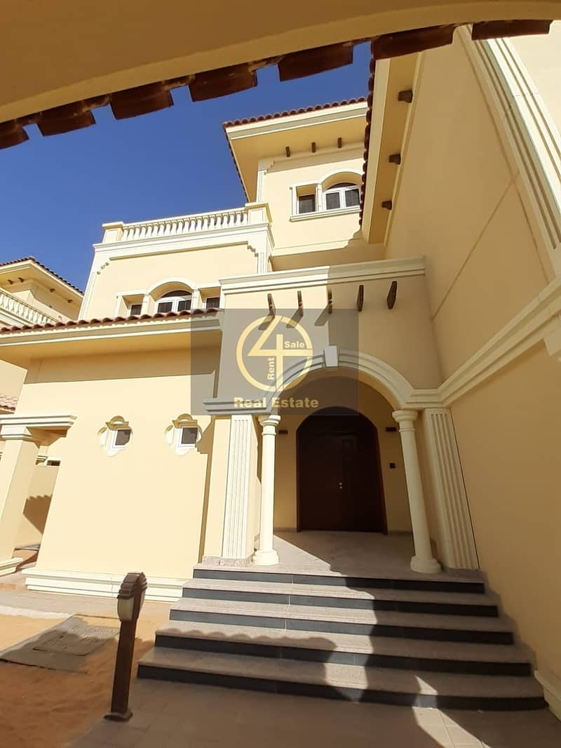17 Luxury & Modern 4BR  villa In Bawabt Al Sharq