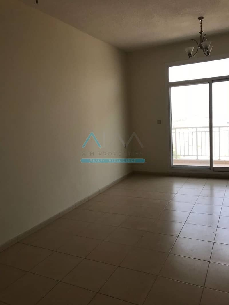 HOT OFFER 3 BHK IN THE LOWEST RENT 65