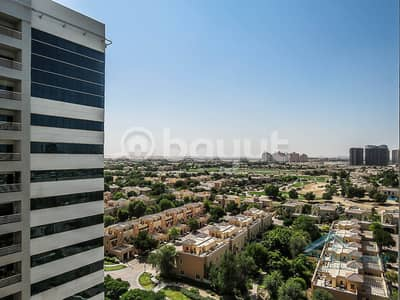 1 Bedroom Apartment for Sale in Dubai Sports City, Dubai - LARGE 1B/R W/ 2 BALCONIES | GOLF COURSE VIEW