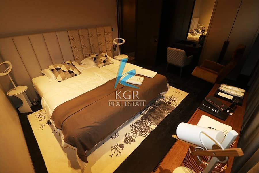 13 ROI Fendi Apt 2 Bedrooms High End with Marina View