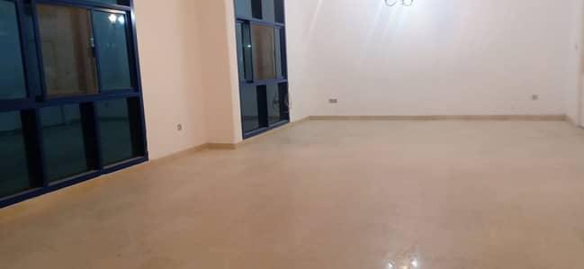4 Bedroom Flat for Rent in Al Manaseer, Abu Dhabi - Stunning 04 bedrooms With Big Living Hall,Maids Room,Big Kitchen. CENTRAL AC In MANASEER.
