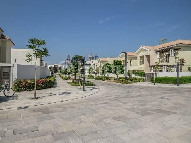 49 4 BR Mediterranean Villa for Rent in District One