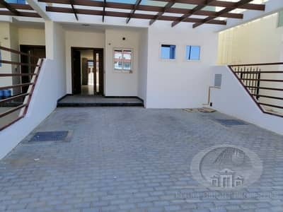 4 Bedroom Villa for Sale in Jumeirah Village Circle (JVC), Dubai - Villa for sale in Heart of JVC