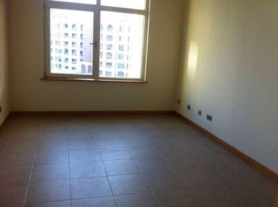 شقة 2 غرفة نوم للايجار في نخلة جميرا، دبي - شقة في الحمري شقق شور لاين نخلة جميرا 2 غرف 105000 درهم - 4343660