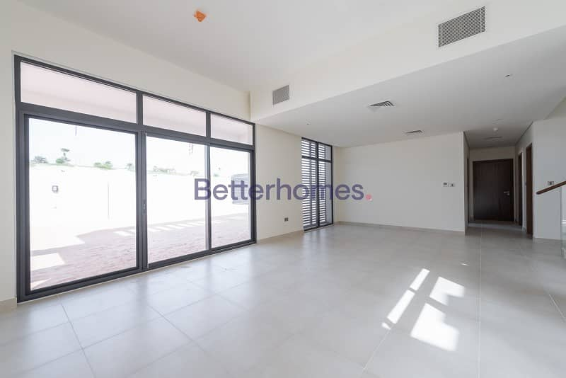 2 Ready to move in Superb Five BR villa in West Yas