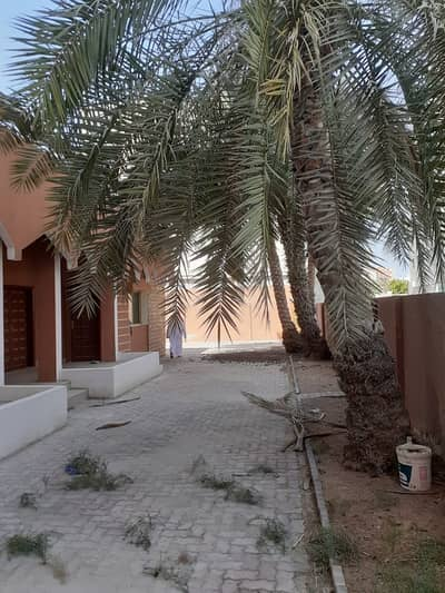 Villa for Sale in Al Rashidiya, Dubai - villa for investment or residential in the commercial license  aria