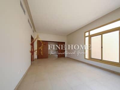 5 Bedroom Villa for Sale in Khalifa City A, Abu Dhabi - Majestic Villa in Gardenia