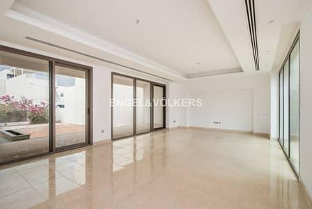 فیلا 4 غرفة نوم للبيع في المدينة المستدامة، دبي - Prime Location | Plus Maids | Brand New