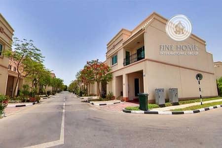 فیلا 2 غرفة نوم للبيع في مدينة بوابة أبوظبي (اوفيسرز سيتي)، أبوظبي - Modern 2 BR Villa in Abu Dhabi Gate City