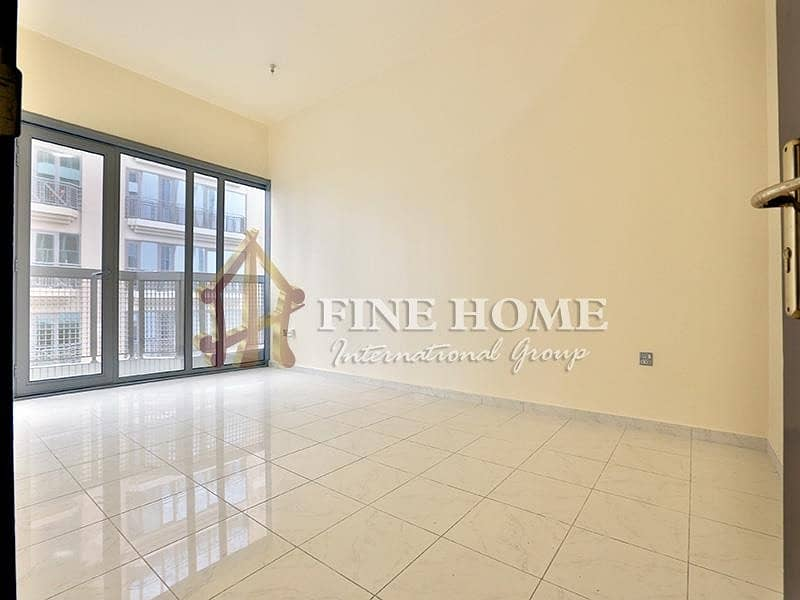 Spacious clean 1BR Apartment In Airport Road